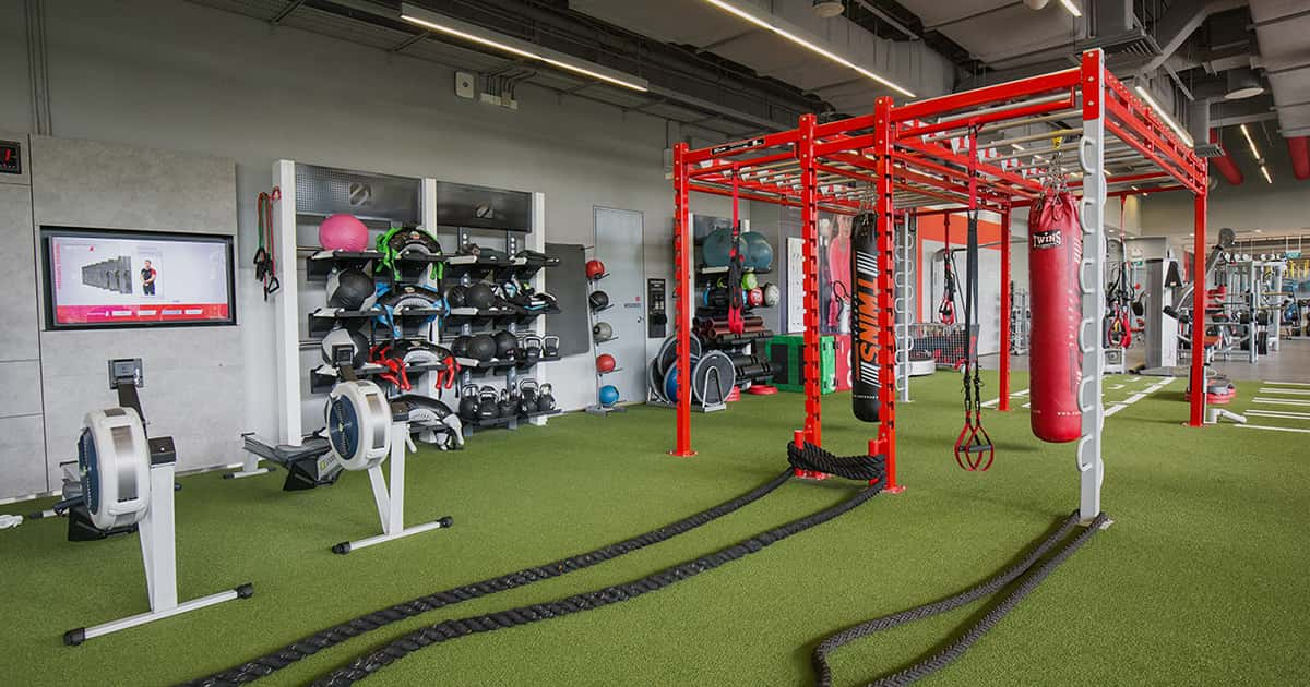 Fitness first metropolis gym fitness centre in singapore - Fitness first swimming pool singapore ...